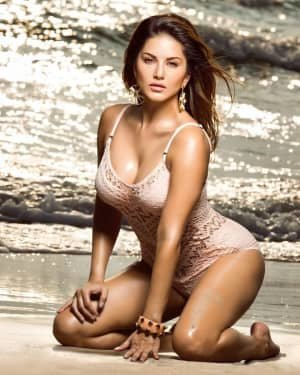 Sunny Leone Latest Photos | Picture 1728411