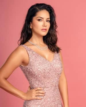 Sunny Leone Latets Photos | Picture 1728391