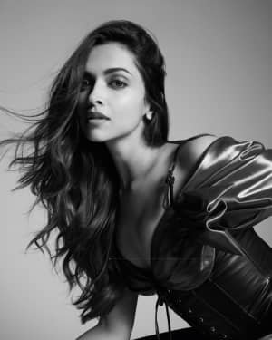 Deepika Padukone For Tings London Photoshoot | Picture 1729588