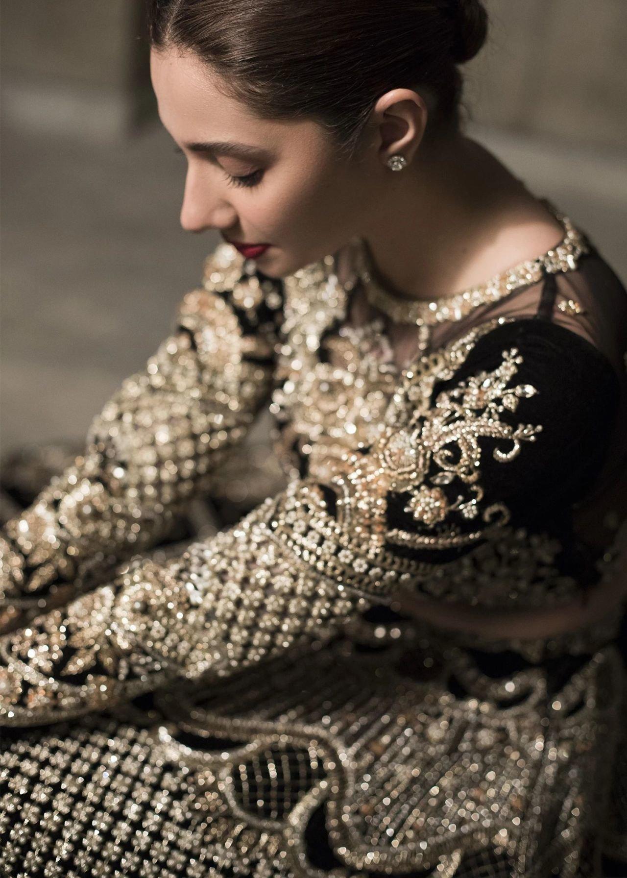 Mahira Khan Latest Photoshoot | Picture 1729728