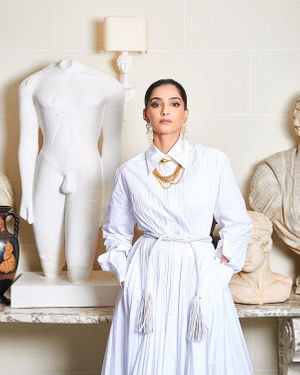 Photos: Sonam Kapoor For Maison Valentino Show In Paris | Picture 1718067