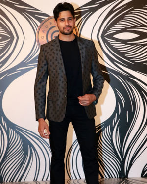 Sidharth Malhotra - Photos: Party At Gauri Khan Designs Store | Picture 1719003