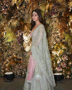 Alia Bhatt - Photos: Armaan Jain And Anissa Malhotra Wedding Reception In Mumbai | Picture 1719819