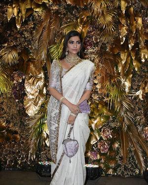 Sonam Kapoor Ahuja - Photos: Armaan Jain And Anissa Malhotra Wedding Reception In Mumbai   Picture 1719745