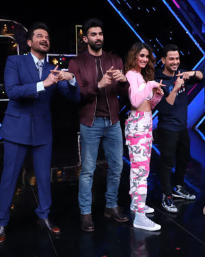 Photos: Promotion Of Film Malang On The Sets Of Dance Plus 5 | Picture 1719708