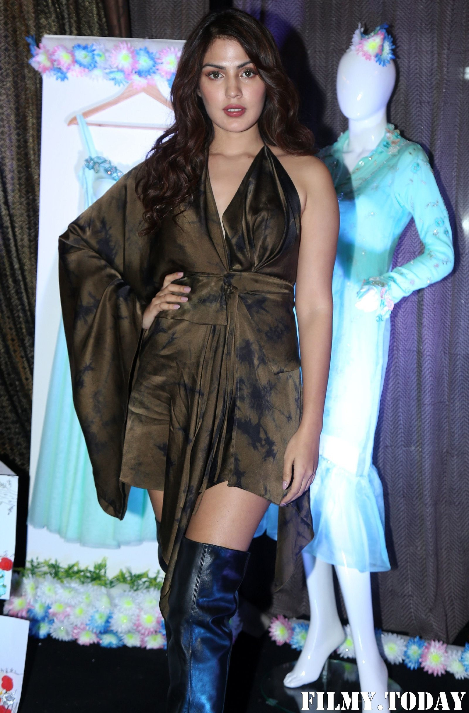 Rhea Chakraborty - Photos: Red Carpet Of Blenders Pride Magical Nights | Picture 1719891