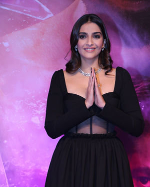 Sonam Kapoor Ahuja - Photos: Special Screening Of Malang At Pvr | Picture 1720012
