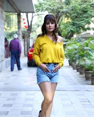 Hina Khan - Photos: Celebs Spotted At Andheri | Picture 1720206