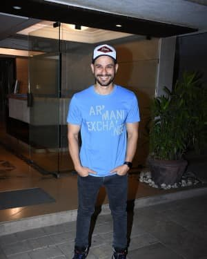 Kunal Khemu - Photos: Malang Star Cast At Aditya Roy Kapoor's Home In Bandra