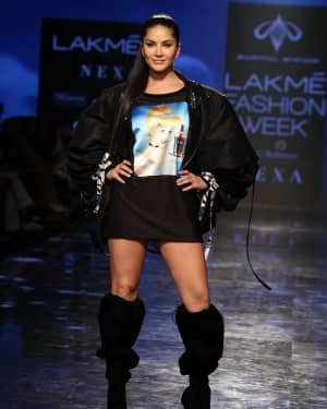 Photos: Sunny Leone Walks For Swapnil Shinde At LFW 2020