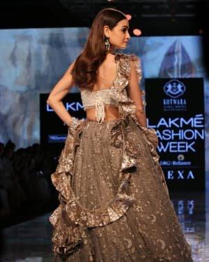Photos: Dia Mirza Walks Ramp For Kotwara Show At LFW 2020 | Picture 1720266