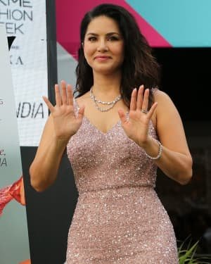 Photos: Sunny Leone At Vegan Fashion Campaign Launch At Lfw Sr 2020 | Picture 1720220