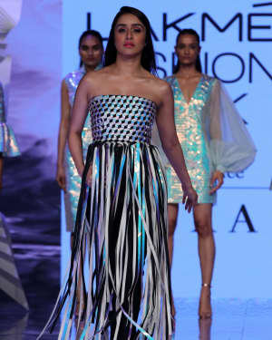 Photos: Shraddha Kapoor Walks For Rielan By Pankaj And Nidhi At LFW 2020 | Picture 1720907