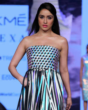 Photos: Shraddha Kapoor Walks For Rielan By Pankaj And Nidhi At LFW 2020 | Picture 1720909