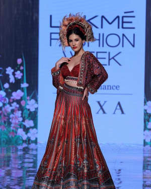 Photos: Amyra Dastur Walks Ramp At Lakme Fashion Week 2020 | Picture 1721741