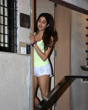 Janhvi Kapoor - Photos: Celebs Spotted At Bandra | Picture 1721638