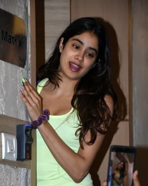 Janhvi Kapoor - Photos: Celebs Spotted At Bandra | Picture 1721639