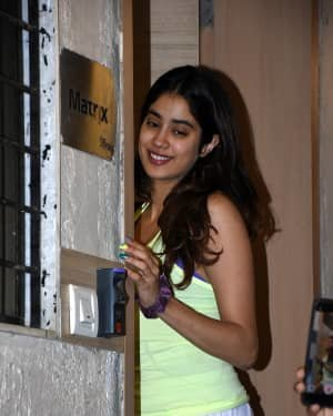 Janhvi Kapoor - Photos: Celebs Spotted At Bandra | Picture 1721640