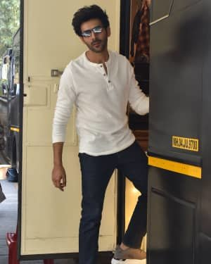 Kartik Aaryan - Photos:  Celebs Spotted At Filmcity