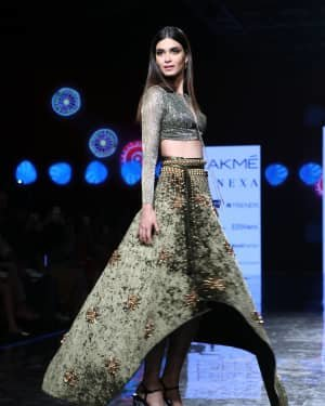 Photos: Diana Penty Walks For Shivana Naresh At LFW 2020 | Picture 1721611