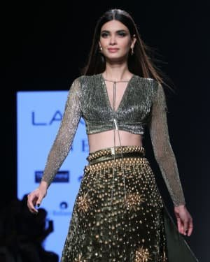 Photos: Diana Penty Walks For Shivana Naresh At LFW 2020 | Picture 1721603