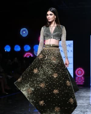 Photos: Diana Penty Walks For Shivana Naresh At LFW 2020 | Picture 1721610