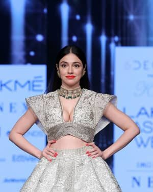 Photos: Divya Khosla Walks Ramp At LFW 2020 | Picture 1721724