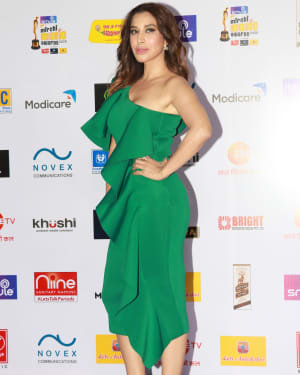Sophie Choudry - Photos: Mirchi Music Awards 2020 At Andheri