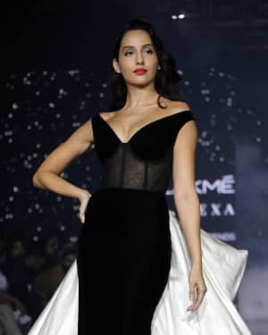 Photos: Nora Fatehi Walks For Gauri And Nainika At LFW 2020   Picture 1721623