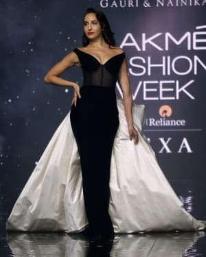 Photos: Nora Fatehi Walks For Gauri And Nainika At LFW 2020   Picture 1721619