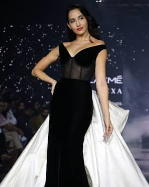 Photos: Nora Fatehi Walks For Gauri And Nainika At LFW 2020   Picture 1721622