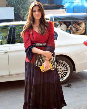 Nupur Sanon - Photos: Celebs Spotted At Juhu | Picture 1722472