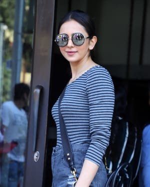 Rakul Preet Singh - Photos: Celebs Spotted At Bandra | Picture 1722779