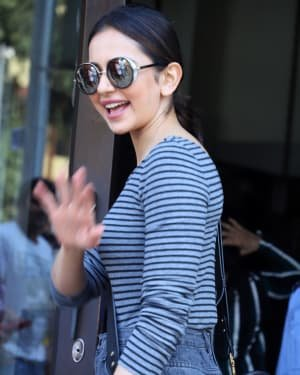 Rakul Preet Singh - Photos: Celebs Spotted At Bandra | Picture 1722780