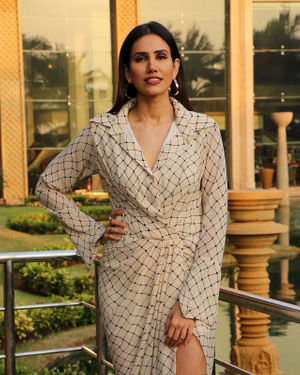 Sonnalli Seygall - Photos: Promotion Of Film Jai Mummy Di At Jw Marriott