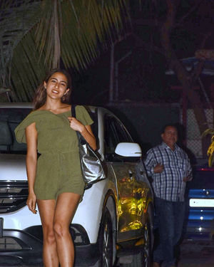 Photos: Sara Ali Khan Spotted At Maddock Films Office | Picture 1713800