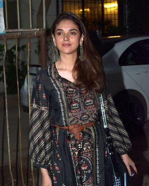 Aditi Rao Hydari - Photos: Celebs Spotted At Kromakay Salon In Juhu