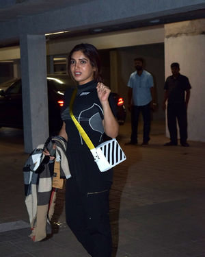 Bhumi Pednekar - Photos: Celebs Spotted At Santacruz | Picture 1713895