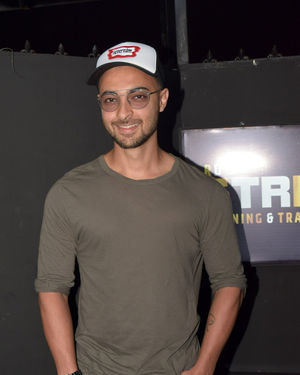 Aayush Sharma - Photos: Celebs At The Launch Of RD Fitness At Ramee Hotel | Picture 1714474