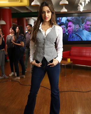Shraddha Kapoor - Photos: Promotion Of Film Street Dancer 3D At Radio Mirchi Office | Picture 1714677