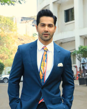 Varun Dhawan - Photos: Promotion Of Film Street Dancer On The Sets Of Indian Idol 11