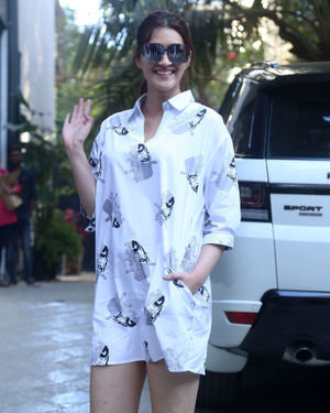 Kriti Sanon - Photos: Celebs Spotted At Maddock Office In Santacruz | Picture 1715147