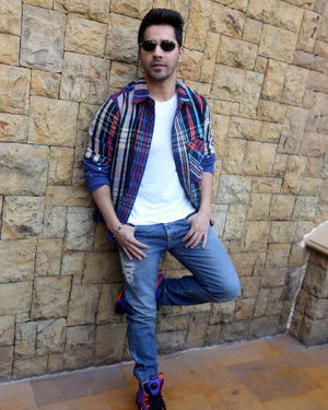 Varun Dhawan - Photos: Promotion Of Film Street Dancer At Jw Marriott | Picture 1714988