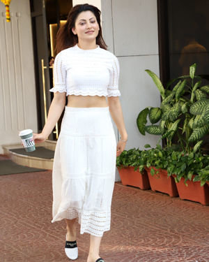 Urvashi Rautela - Photos: Celebs Spotted At Juhu | Picture 1715898
