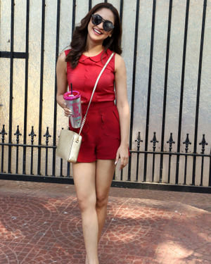 Krystle D'Souza - Photos: Celebs Spotted At Juhu   Picture 1715905