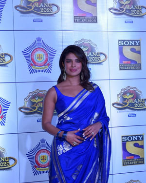 Priyanka Chopra - Photos: Celebs At Umang Police Festival At Jio World Centre | Picture 1716245