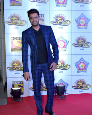 Manish Paul - Photos: Celebs At Umang Police Festival At Jio World Centre | Picture 1716146