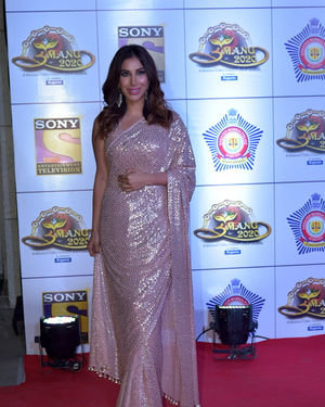 Sophie Choudry - Photos: Celebs At Umang Police Festival At Jio World Centre