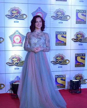 Elli Avram - Photos: Celebs At Umang Police Festival At Jio World Centre | Picture 1716157