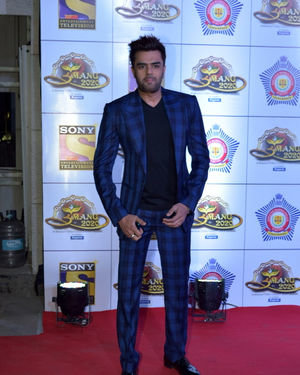 Manish Paul - Photos: Celebs At Umang Police Festival At Jio World Centre | Picture 1716145